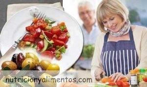 Por qué llevar una dieta antienvejecimiento